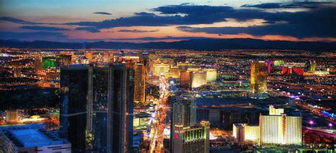 vegas most hedonistic hotels cheapflights