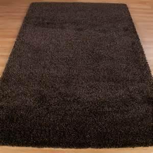 chocolate brown shaggy rug harmony chocolate shaggy rug from rugshop uk