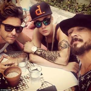 carl lentz tattoos meet justin bieber s spiritual leader carl lentz daily