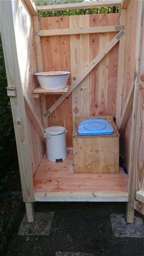 trockentoilette garten komposttoilette selber bauen komposttoilette