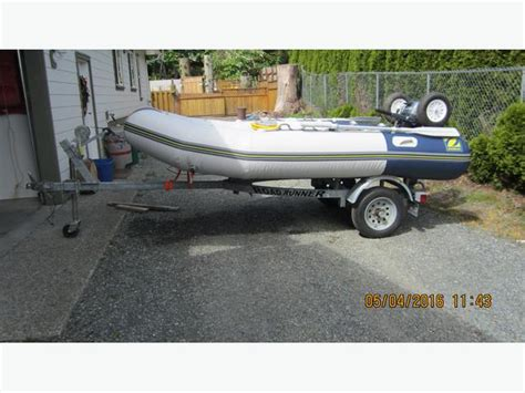 inflatable boats motor yamaha zodiac inflatable boat with 20 hp yamaha motore and