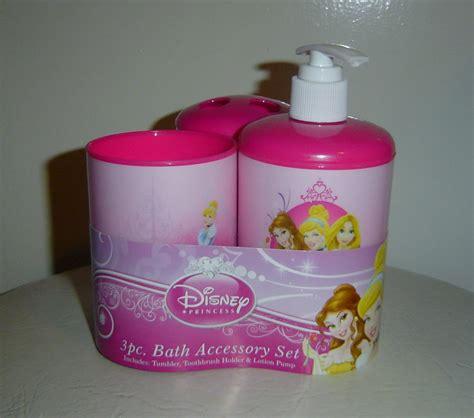 Disney Princess Bathroom Accessories Disney Princess Bathroom Accessories Disney Bath Accessories Disney Princesses Collection