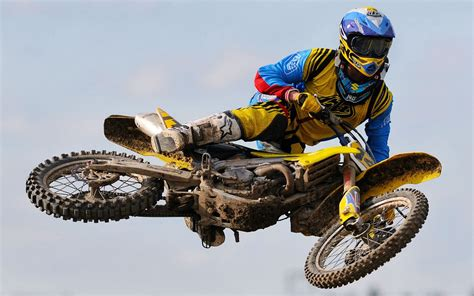 motocross racing wallpaper motocross motorcycle bike race hd pics hd famous wallpapers