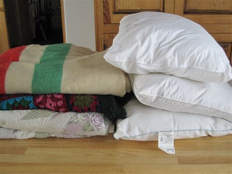 Pillows And Throws the knitorialist august 2010