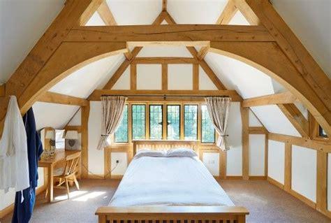 vaulted ceiling bedroom oak framing www borderoak com 96 best double story oak frame images on pinterest attic