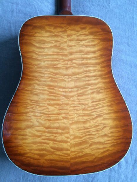 Gibson Hummingbird Quilted Maple by Gibson Custom Shop Quilted Maple Hummingbird 2007 Cherry