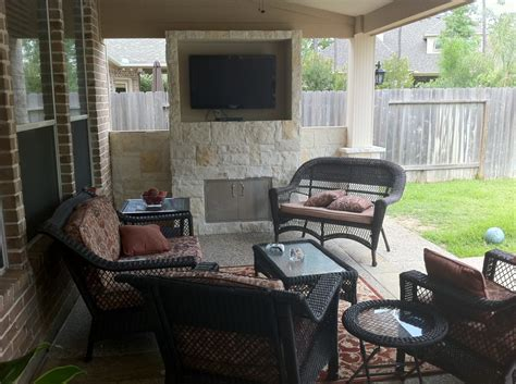 houston patio design football on tv