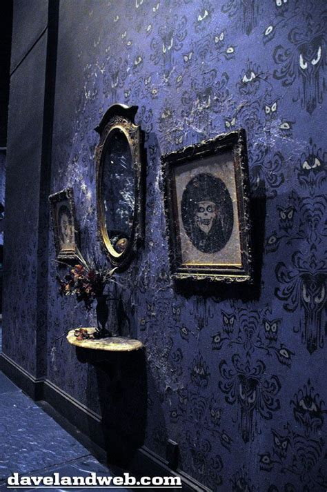 haunted mansion home decor best 25 haunted mansion ideas on pinterest haunted