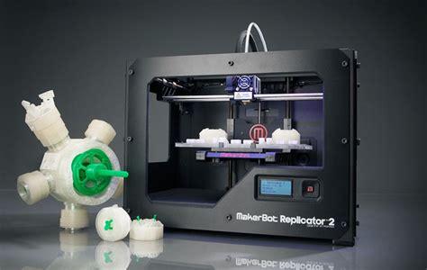 Printer Foto 3d makerbot pr 233 sente sa nouvelle imprimante 3d replicator 2 semageek