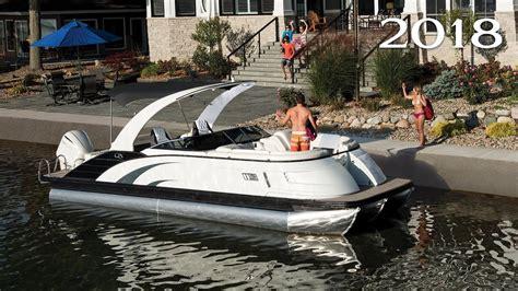 bennington qx boats bennington 2018 q qx series pontoon boats youtube