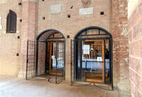ingresso museo museo civico di siena scoprire siena
