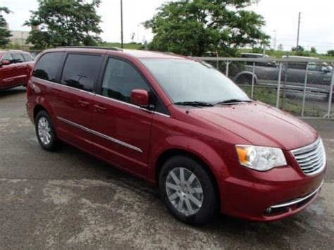 2014 Chrysler Town And Country Specs by 2014 Chrysler Town Country Touring Data Info And Specs