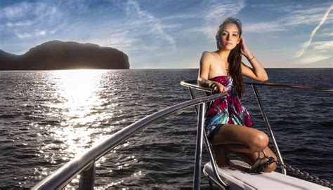 private yacht hire london ultimate private yacht hire - Yacht Hire Uk