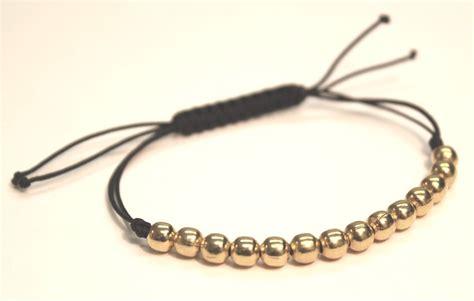 bracelets quot waxing quot on linen cotton and