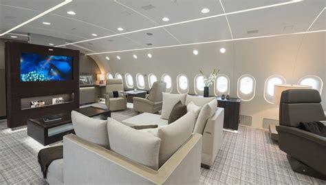 peek   boeing dreamliner private jet american luxury