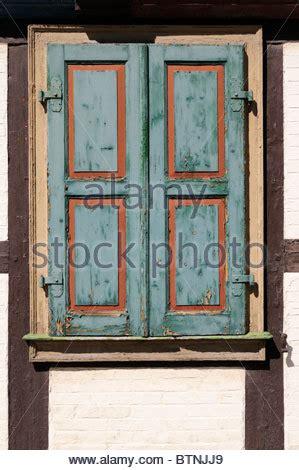 house shutter farben house with closed window shutter haus mit geschlossenen