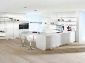 Kitchen in white lacquer intuo luxury kitchens maidenhead german