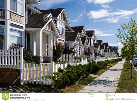 imagenes de casas urbanas casas urbanas fotos de archivo imagen 3079303