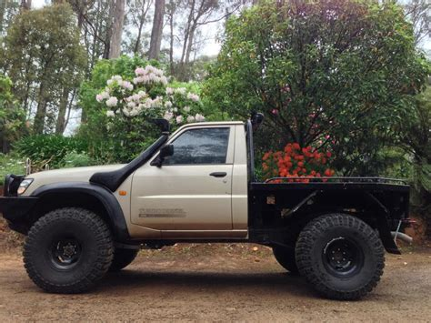 nissan patrol 1990 modified nissan patrol 2000 modified google search nissan old