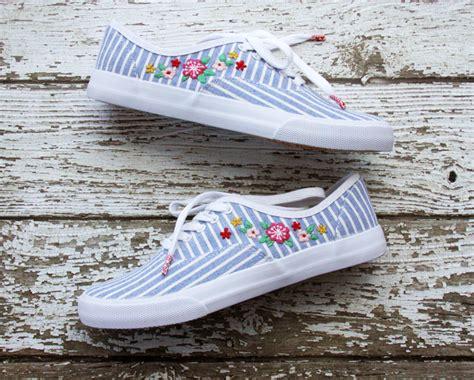 diy floral shoes diy floral embroidered shoes