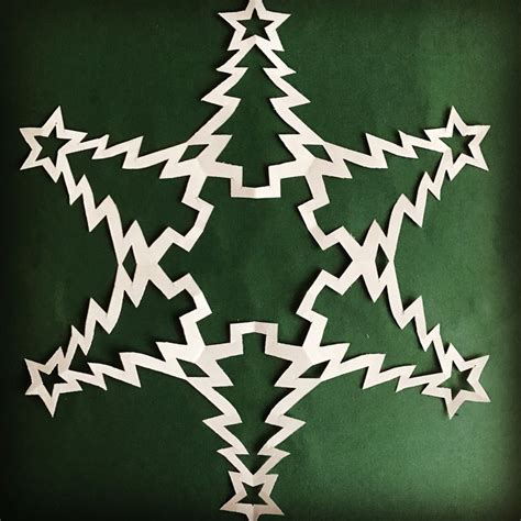 christmas tree snowflake patterns 1000 ideas about paper snowflake patterns on snowflake template paper snowflakes