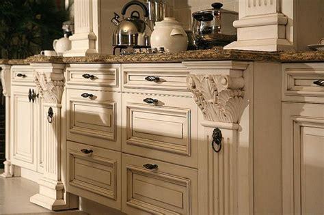 paint  distress kitchen cabinets  cream kitchen