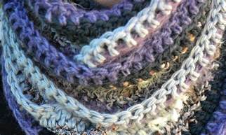 How To Crochet An Infinity Scarf Many Textured Infinity Scarf The Green Dragonfly