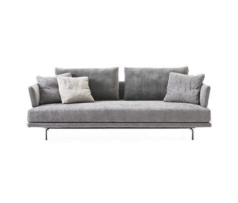 saba divani new quinta strada sofa sofas from saba italia architonic