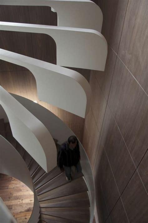 treppenhaus ideen für kleine räume idee stahl treppe