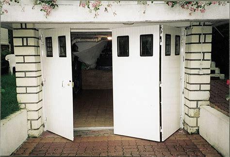 Incroyable Porte Interieure Isolante Thermique #4: zoomportedegarageportepli3.jpg