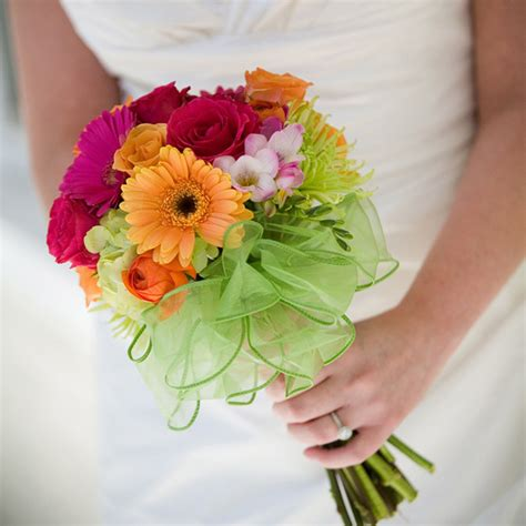 wedding flowers gerberas wedding flower wedding flowers ideas