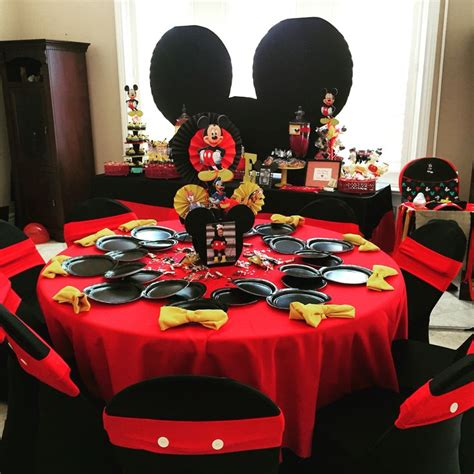 mickey mouse table l mickey mouse birthday table setup brokeasshome com