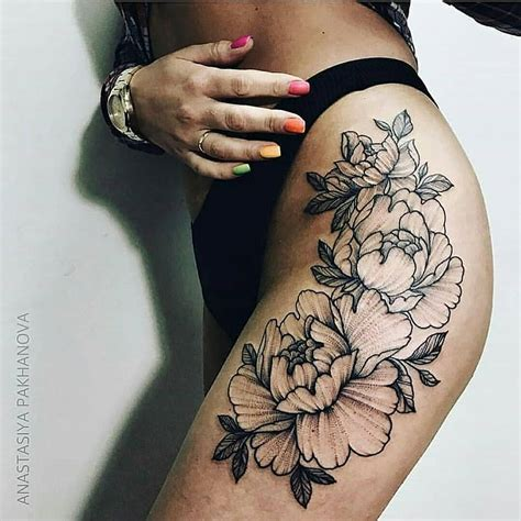 thigh flower tattoos flower on the hip tattoogrid net