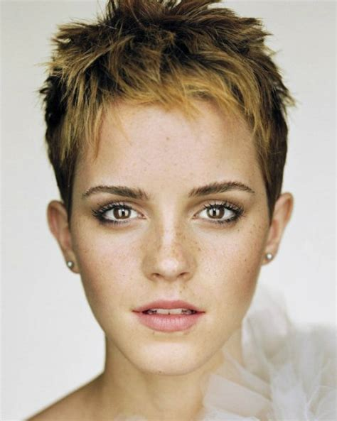 hairstyle for oval face girl 2015 hairstyle for oval face shape three different styles and