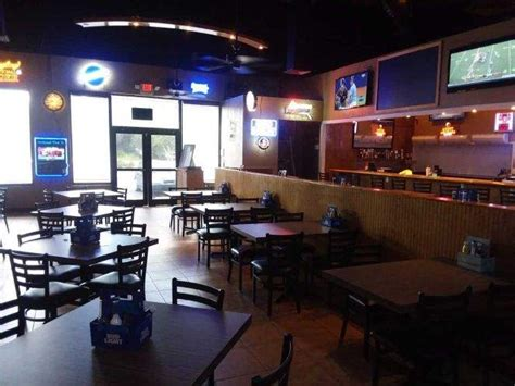 tops bar and grill couple opens top shelf sports bar grill in riverview tbo com