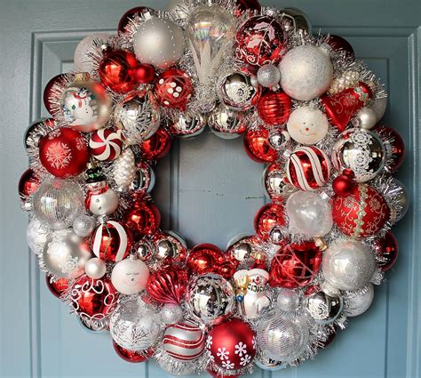 20 astonishing handmade christmas wreaths broken china