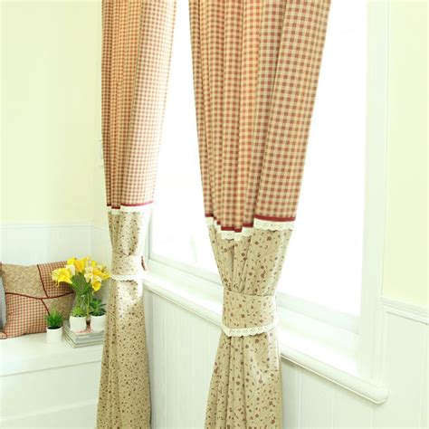 Country Decor Curtains by Country Decor Curtains With Flower And Plaid Patterns
