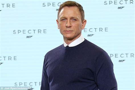 film james bond new daniel craig will wear british high street jumper in