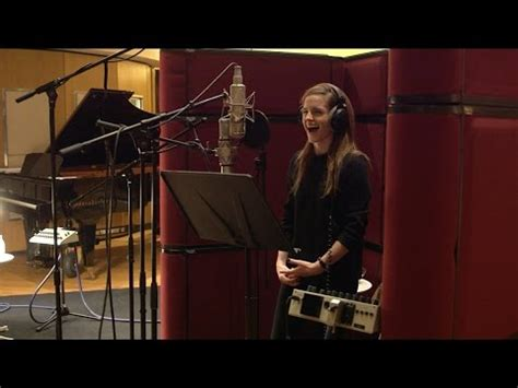 emma watson voice acting can emma watson really sing by whatstrendingnext w n