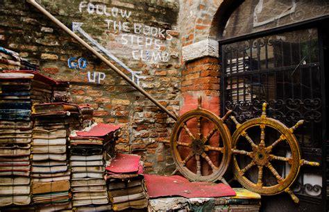 libreria acqua alta venice libreria acqua alta venice federica gentile flickr