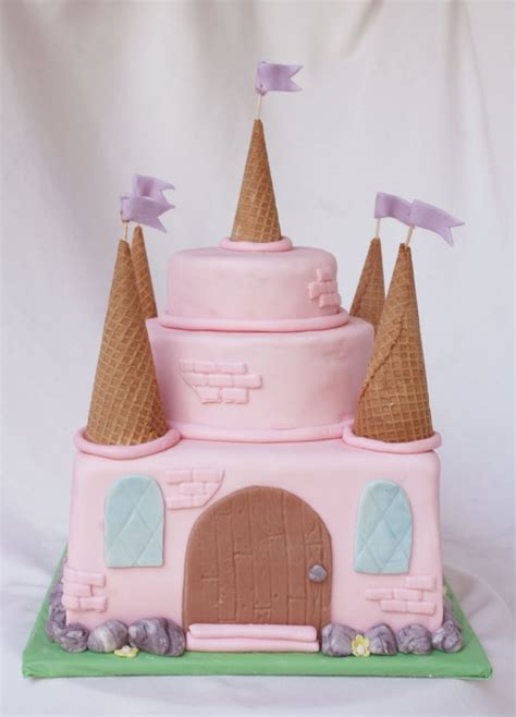 castle cakes decoration ideas  birthday cakes