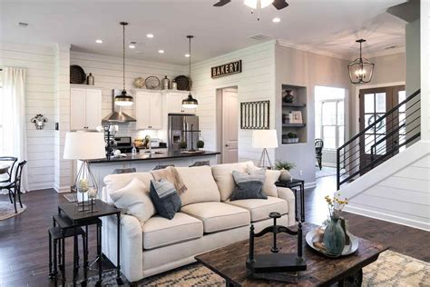 chip and joanna gaines tour schedule joanna gaines farmhouse living rooms modern home design