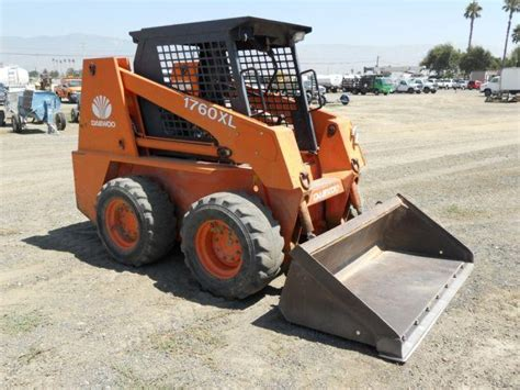 daewoo 1760xl skid steer loader