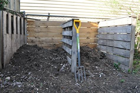backyard compost pile ultimate blog swap environmental benefits of composting