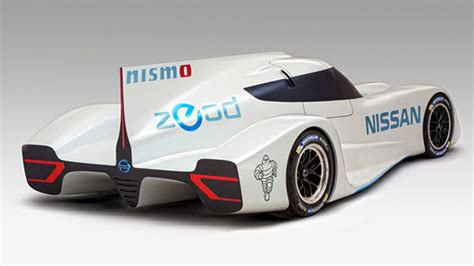 rc cars racing mobil cars nissan debuts world s fastest car gt engineering