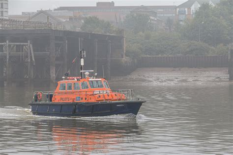 Thames River Cruise From Gravesend | pilot boat on the river thames 169 christine matthews cc