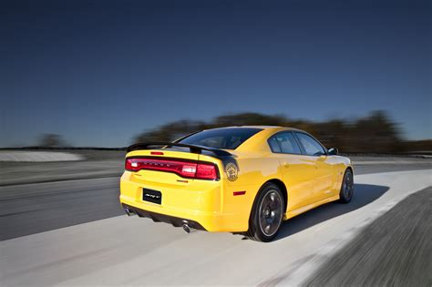 2012 charger srt8 review 2012 dodge charger srt8 bee review top speed