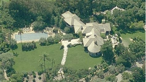 tom cruise house divorce alert the many homes of tom cruise and katie