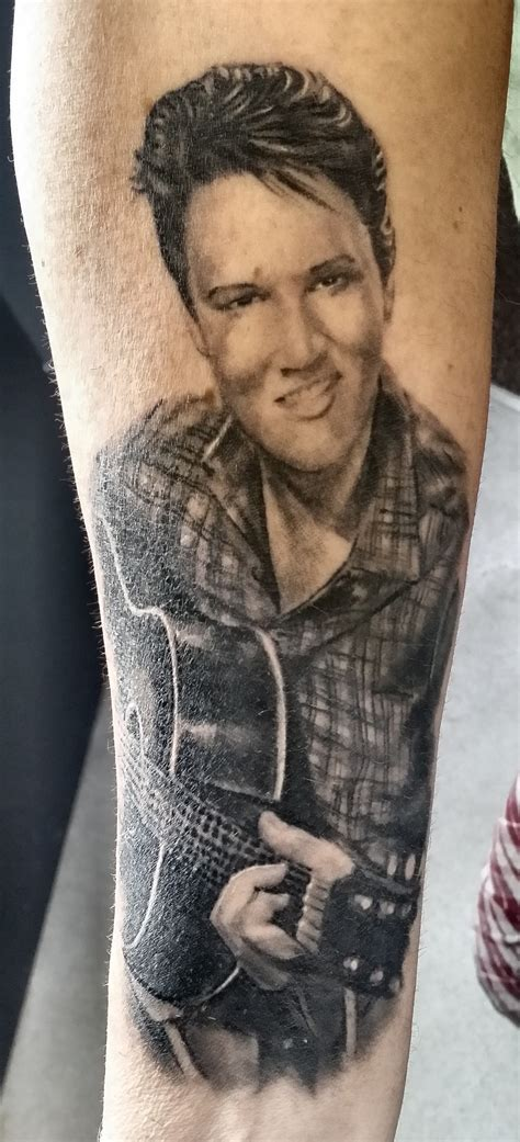 elvis presley tattoo by justyna kurzelowska dark rose tattoo