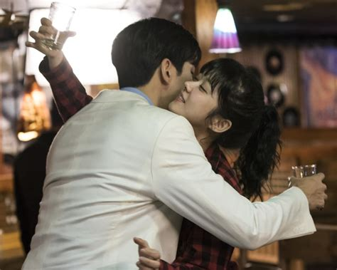 actor the last empress jang nara drunkenly embraces shin sung rok for the last